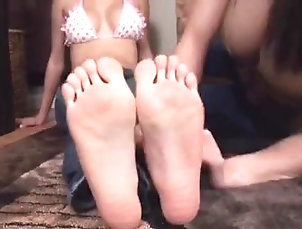 lesbian;foot-worship,Asian;Feet Foot worship 1