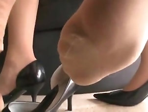 point-of-view;kink;sweaty;smelly;stockings;pov;asian;feet,POV;Feet;Japanese Sweaty stockings pov 2/3
