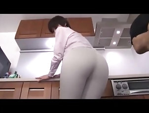 ass;fuck;group;butt;la;mama;de;mi;amigo;mami;culo;grande,Orgy;Big Ass;Blowjob;Anal;Gangbang;Babysitter;Arab;Korean Mama amateur follando en la cocina...